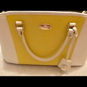 Authentic Coach Tote in white and yellow